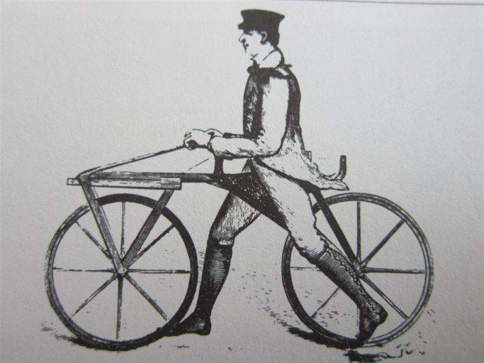历史上第一辆平衡车自行车
